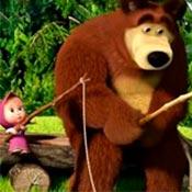скрин игры Рыбалка Маши и Медведя